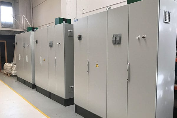Fabricación, instalación y modificación de cuadros eléctricos